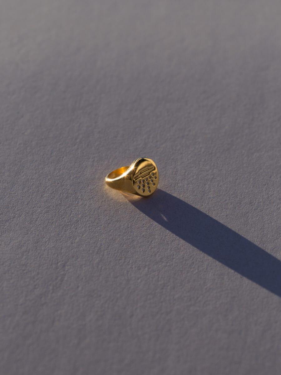 the-ufo-signet-ring-by-glenda-lopez-alta
