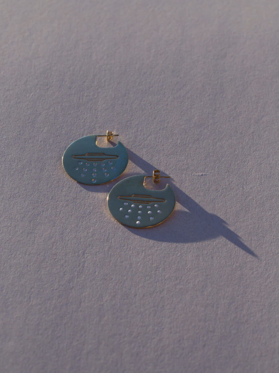 the-ufo-disk-earrings-by-glenda-lopez-alta