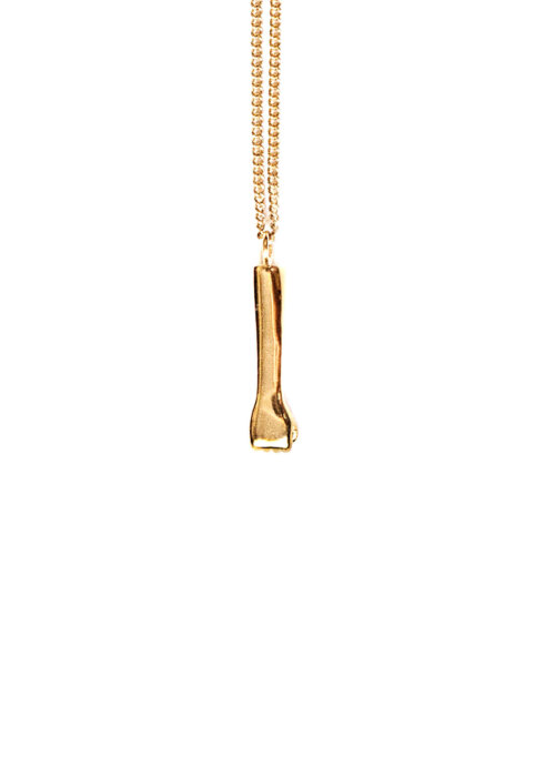 The-rock-pendant-gold-by-glenda-lopez-frontal-1