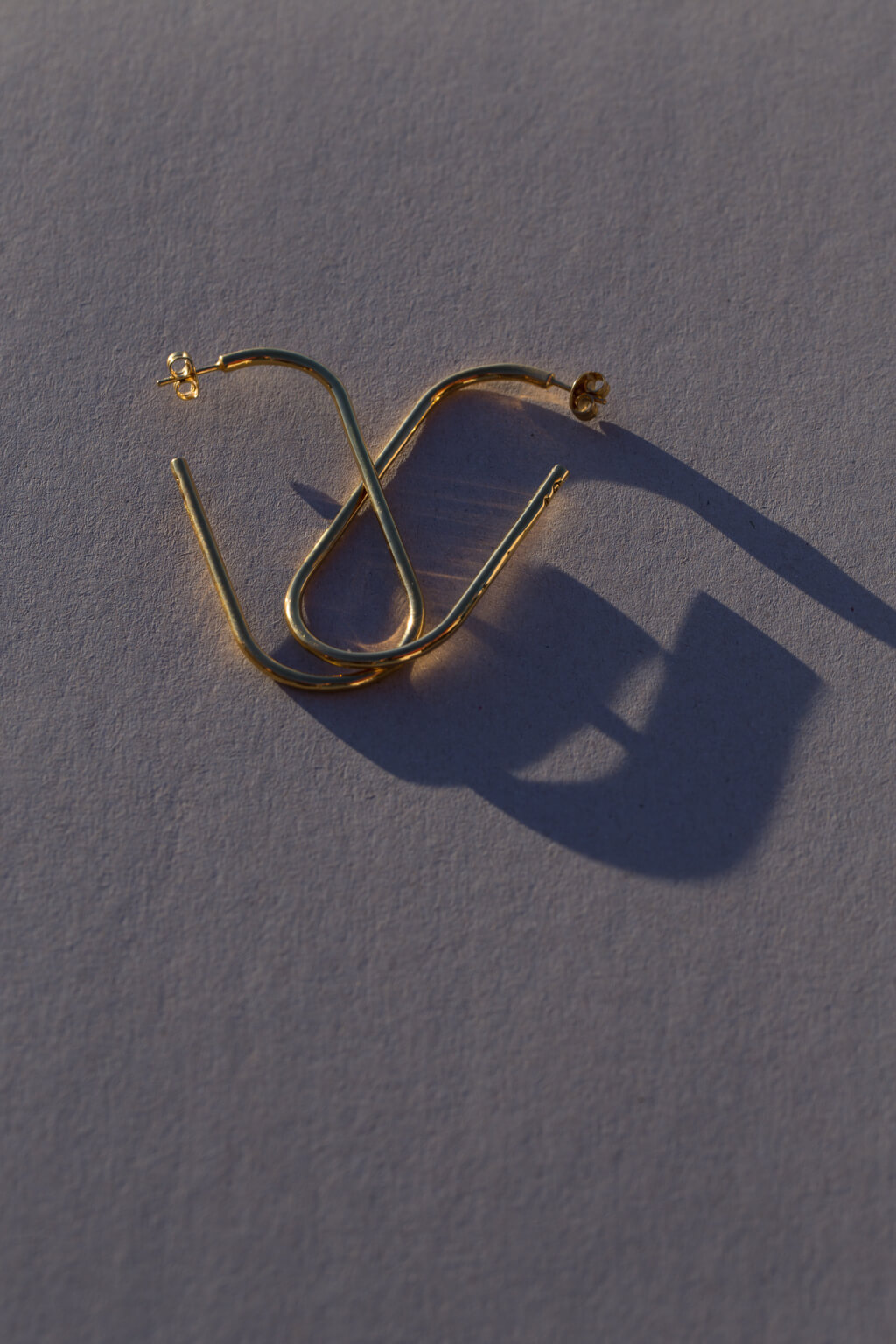 the-xxl-golden-link-earring-by-glenda-lopez-alta