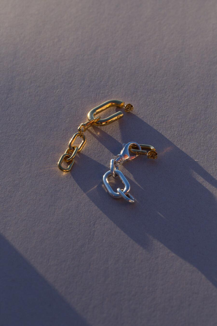 the-small-golden-links-by-glenda-lopez-alta