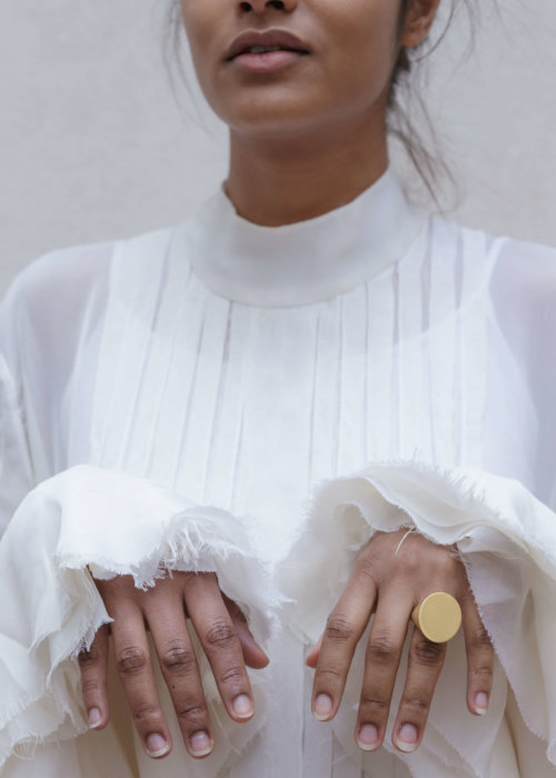 the-maxi-signet-ring-by-glenda-lopez-lookbook