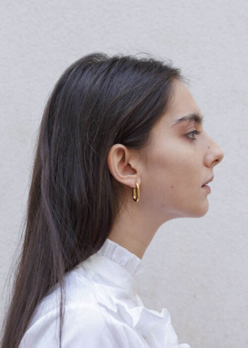 the-medium-golden-link-earring-by-glenda-lopez-lookbook