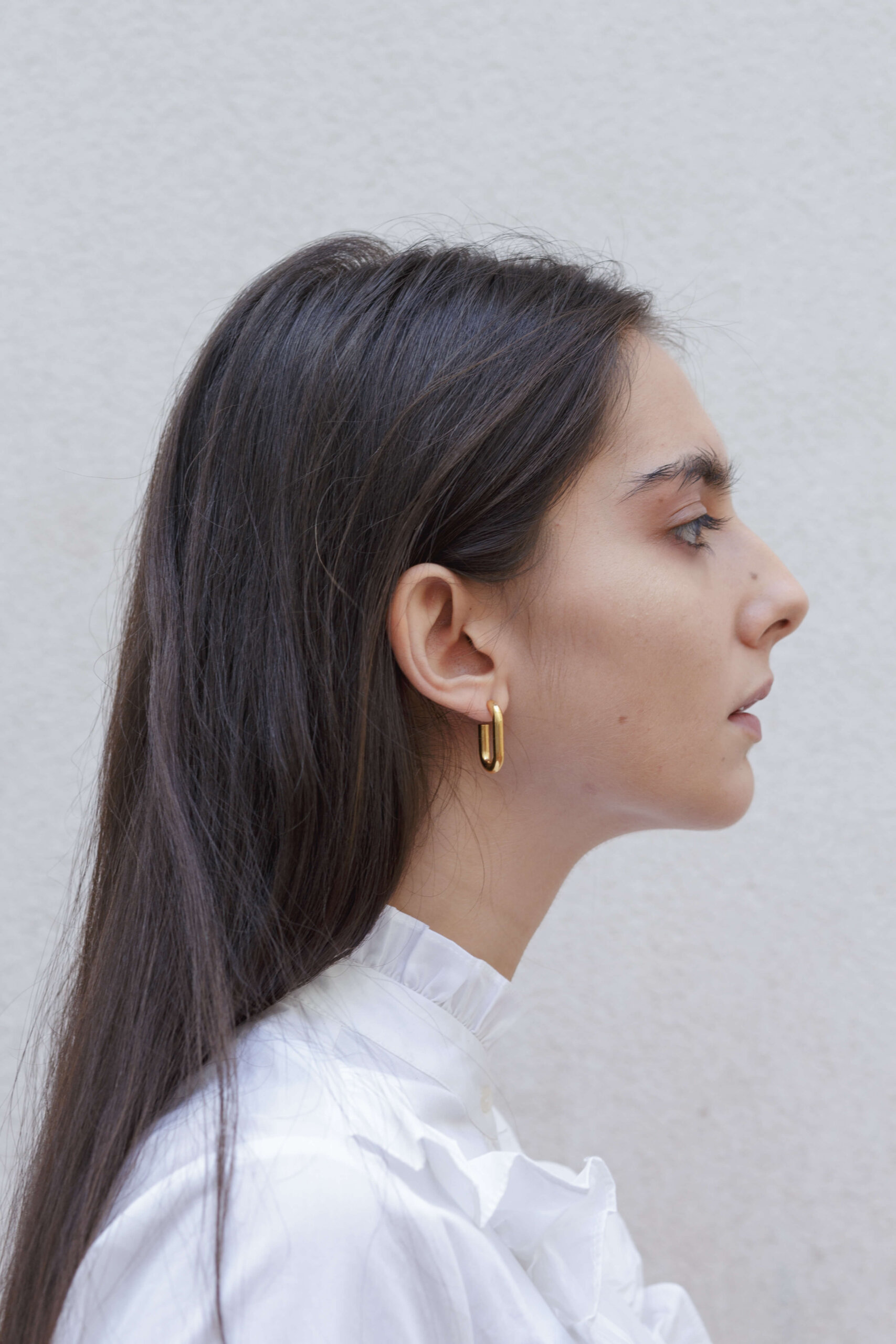 the-medium-golden-link-earring-by-glenda-lopez-lookbook