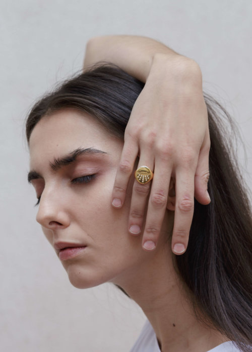 the-ufo-signet-ring-by-glenda-lopez-lookbook